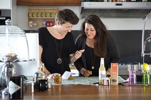 Dani & Nina auf der Suche nach herausragenden kulinarischen Kleinbetrieben. © Roman Sindelar