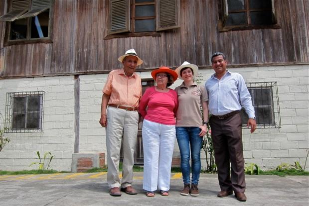 Ruben, Mina, ich und Bürgermeister Villasagua Santana © Sarah Krobath